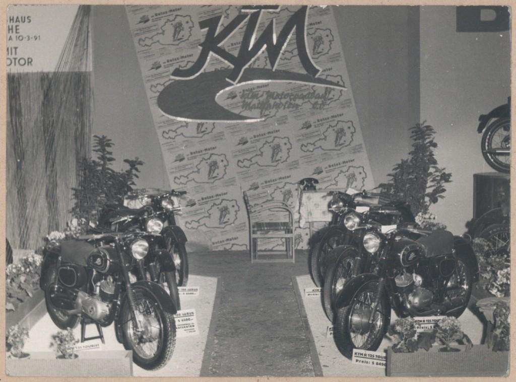 KTM Motorräder Ausstellung