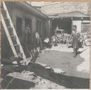 Geschäft in der Elisabethinergasse Bild 2 Kriegsschäden
