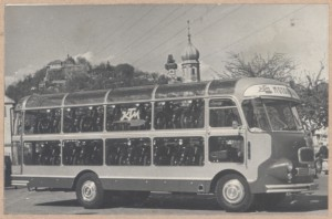 KTM Motorräder Bus Bild 2